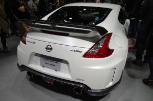 05_NISMO_FAIRLADY_Z_back_right