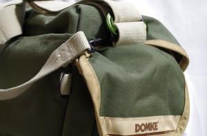 carabiner_for_DOMKE_F2N_4228