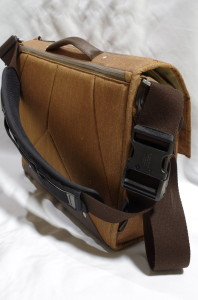 PD_EDM_brown_strap_Timbuk2_5447p